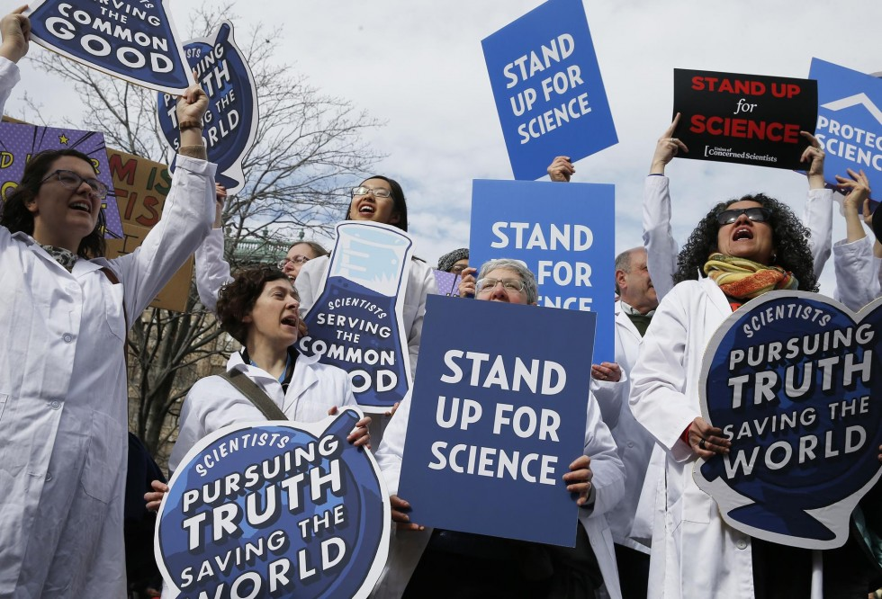 2.20.17 STAND UP FOR SCIENCE BOSTON GLOBE