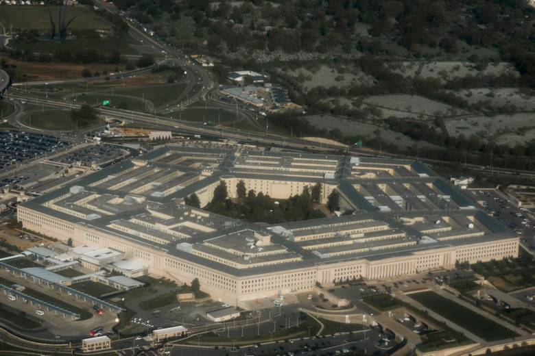 12.18.17 PENTAGON'S UNDER THE RADAR UFO PROGRAM